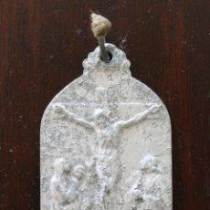 Antigüedades: ANTIGUA MEDALLA SAGRARIOS CALVARIOS – OBRA DE LAS TRES MARIAS DE LOS DISCIPULOS DE SAN JUAN. Lote 47135904