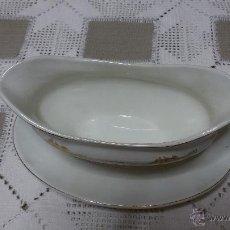 Antigüedades: SALSERA ANTIGUA-PORCELANA SAN CLAUDIO-1957.. Lote 47153687