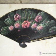Antigüedades: ANTIGUO ABANICO DE MADERA PINTADO A MANO.. Lote 47180385