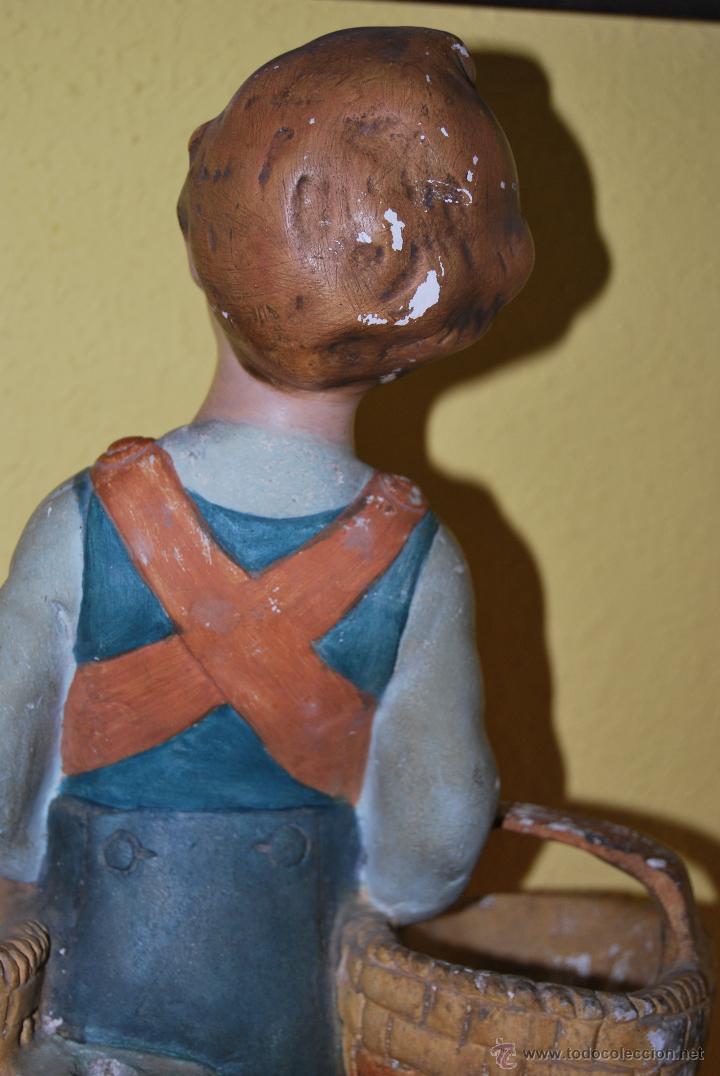 Antigüedades: ANTIGUO EXPOSITOR DE YESO - NARANJAS - ORTOLÁ - PEGO ALICANTE - FIGURA DE ESCAYOLA - NIÑO CON CESTOS - Foto 13 - 47187744
