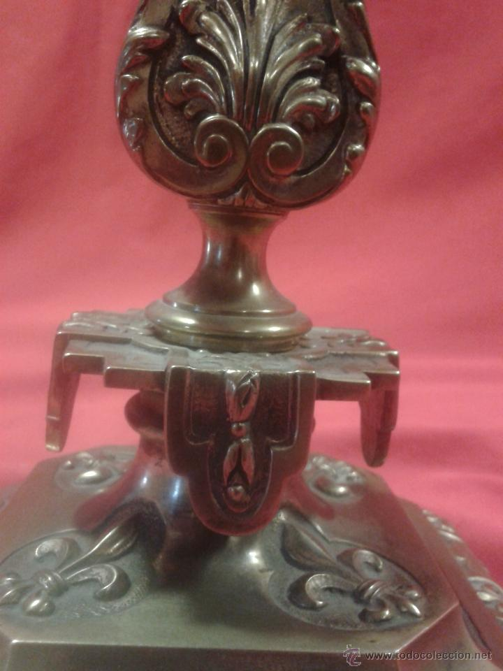 Antigüedades: Candelabro de bronce Siglo XIX - Foto 3 - 47193502