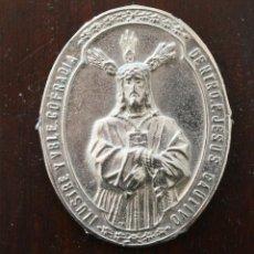 Antigüedades: MEDALLA COFRADIA JESUS EL CAUTIVO – SANTISIMA TRINIDAD Y APOSTOL SANTIAGO – MALAGA - SEMANA SANTA. Lote 47207344