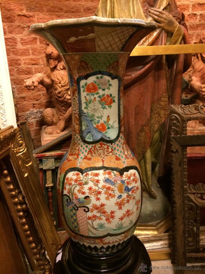 EXTRAORDINARIO JARRON JAPONES IMARI S. XIX, 80X40 (Antigüedades - Porcelana y Cerámica - Japón)