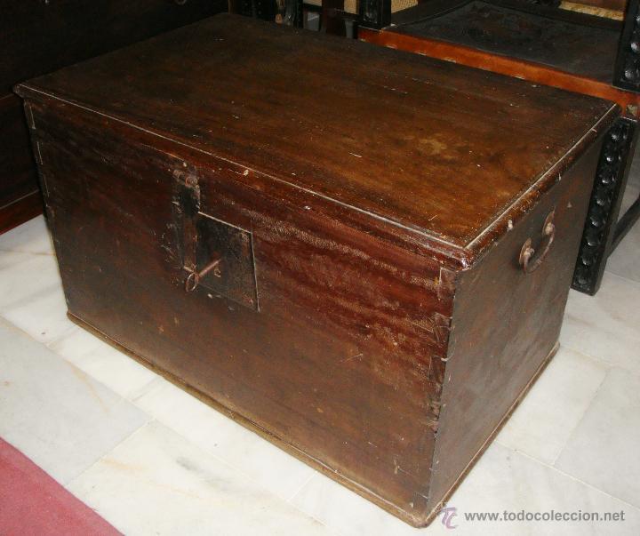 ANTIGUO ARCÓN DEL S. XVIII. CEDRO. MUY PURO, SIN RESTAURAR Y EN MUY BUEN ESTADO. (Antigüedades - Muebles Antiguos - Baúles Antiguos)