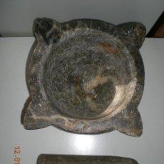 Antigüedades: GRANDE Y ANTIQUISIMO MORTERO EN MARMOL 3 COLORES CON SU MANO O MANGO EN PIEDRA ORIGINAL. Lote 47407363