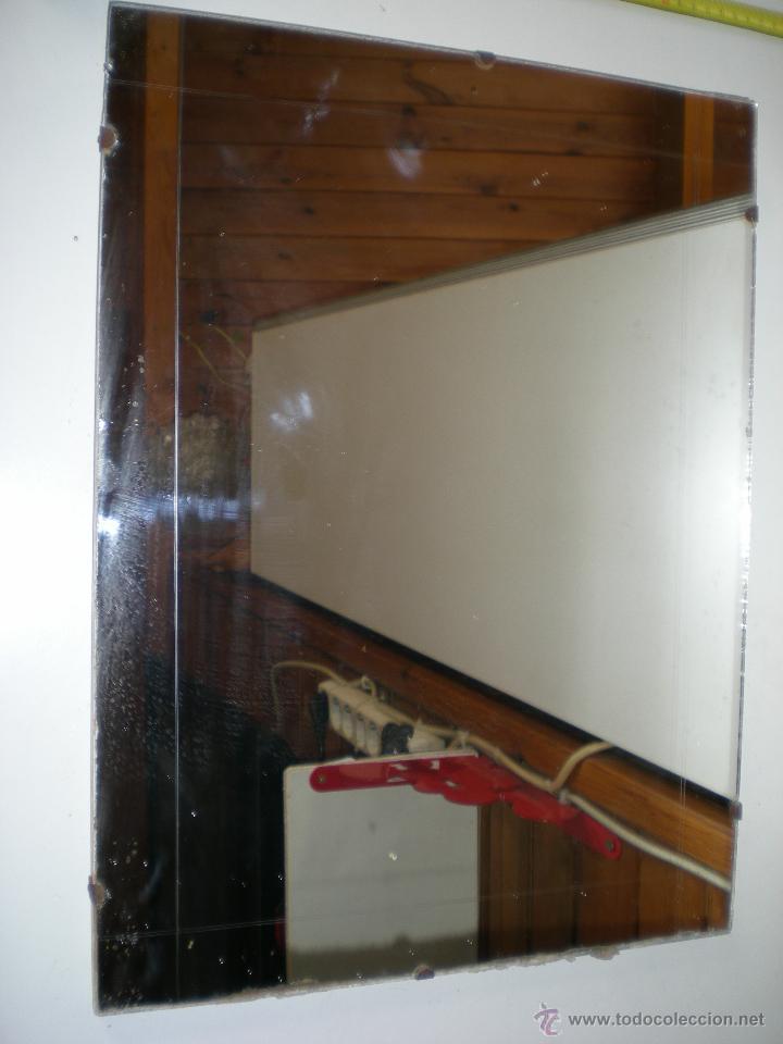 Espejo de ba o de colgar a os 50 60 medidas en comprar for Muebles para colgar en el bano