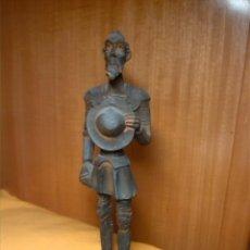 Antigüedades: FIGURA DE DON QUIJOTE DE LA MANCHA EN RESINA COLOR PLOMO. Lote 47419037