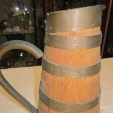 Antigüedades: JARRA TONELERA PARA VINO, DE MADERA Y COBRE. 20,5 CMS. DE ALTURA.. Lote 47542738