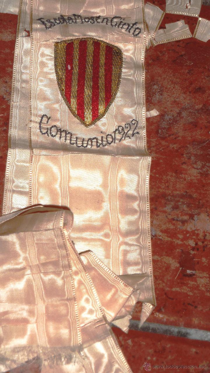 Antigüedades: antigua Banda escolar escuela . Escola mossen cinto . Comunión año 1922 Bordado escudo cataluña - Foto 2 - 47561566
