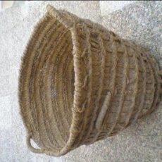 Antigüedades: ANTIGUO Y GRAN CESTO, CAPAZO DE ESPARTO. Lote 35196369