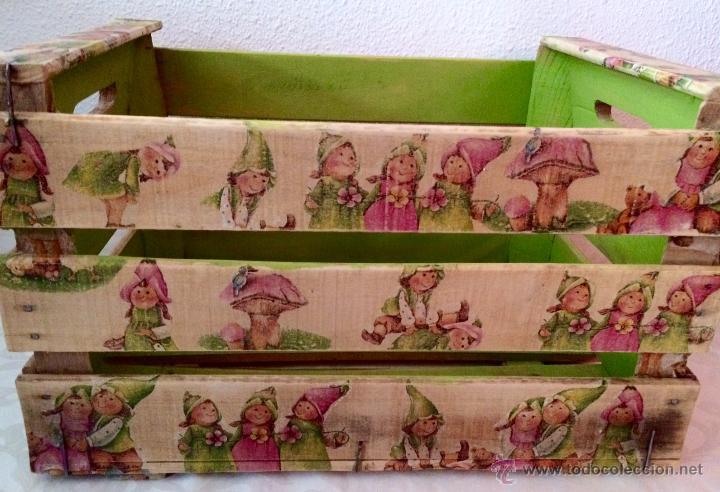 antigua caja de frutas decorada al estilo antiguonias y nios duendes antigedades