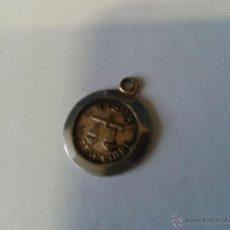 Antigüedades: MEDALLITA METALICA LIBRA SEPTIEMBRE CON EL SIMBOLO DE LA BALANZA. Lote 47664620