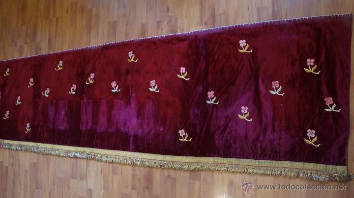 FRONTAL TERCIOPELO ROJO BORDADO (Antigüedades - Religiosas - Ornamentos Antiguos)