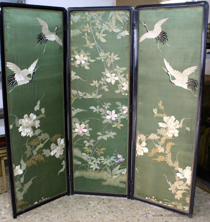 Antiguo biombo chino lacado en negro tapizado vendido en venta directa 47728421 - Biombos chinos antiguos ...