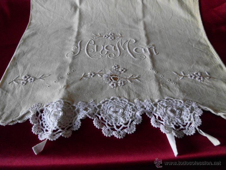 Antigüedades: Sábana con funda de algodón con bordado y puntilla hecho a mano - Foto 10 - 47740106