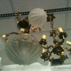 lampara de cristal y metal