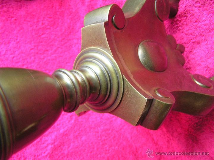 Antigüedades: HACHEROS BRONCE DE ALTAR . GRANDES 63 cm .ESTILO ITALIANO . S. XVIII - XIX . ELECTRIFICADOS. - Foto 13 - 47745858