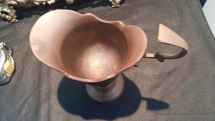 Antigüedades: Copa antigua en bronce, estilo imperio romano - Foto 5 - 47756060