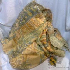 Antigüedades: ANTIGUA COLCHA, TIPO TAPIZ CON ESCENAS EGIPCIAS.. Lote 47767710