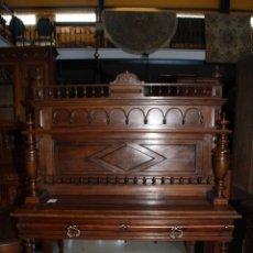 Antigüedades: MUEBLE TRINCHERO NOGAL. REF 5783. Lote 46664302