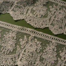 Antigüedades: ANTIGUO ENCAJE DE BRUSELAS PUNTO DE AGUJA. Lote 139015457