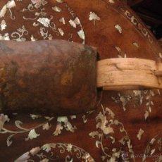 Antigüedades: ANTIGUO CENCERRO DEL PIRINEO. Lote 47831329