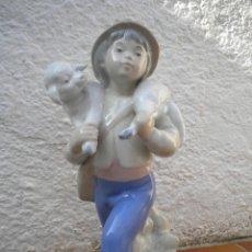Antigüedades: FIGURA DE PORCELANA DE LA FIRMA REX VALENCIA.. Lote 47834180