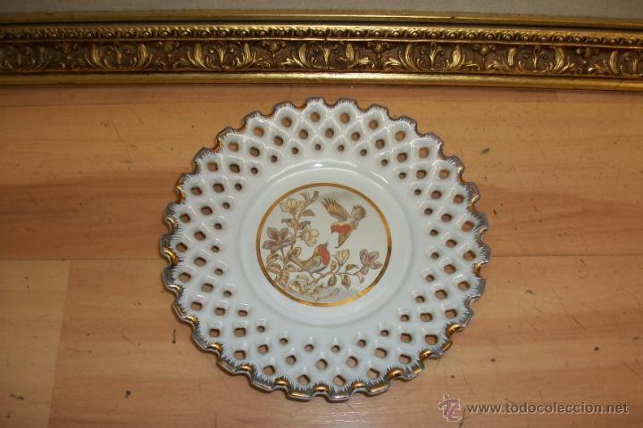 ANTIGUO PLATO DE PORCELANA JAPONESA (Antigüedades - Porcelana y Cerámica - Japón)