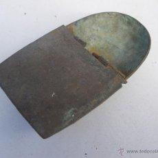 Antigüedades: ANTIGUA NAVETA PARA INCIENSO GOTICA , IDEAL RESTAURADORES ... VER . Lote 47865313