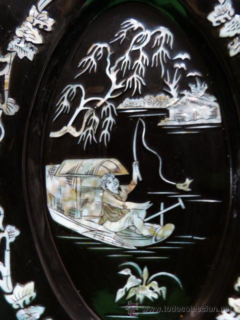 Antigüedades: PLATOS ORIENTALES CON ESCENAS EN NACAR PARA COLGAR - Foto 6 - 47869516