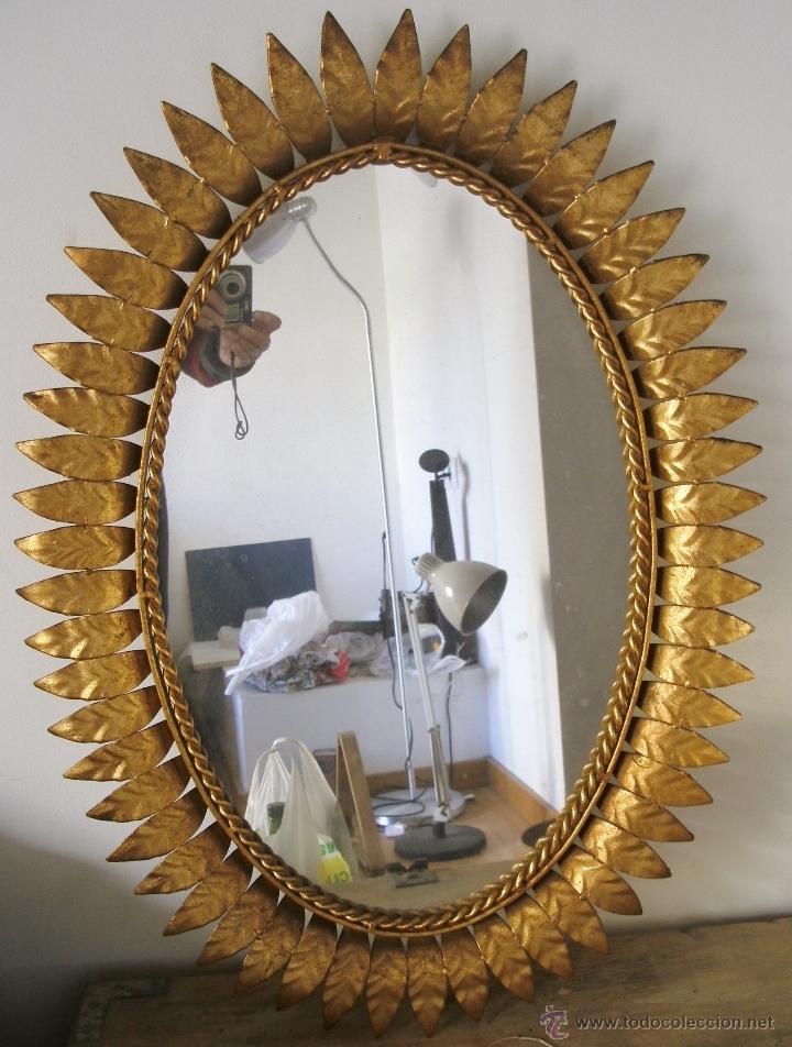 espejo ovalado de hierro dorado en forma de sol xcm aprox