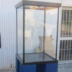 Antigüedades: MUEBLE VITRINA EXPOSITOR. Lote 47884667