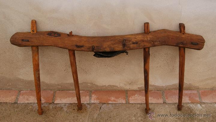 Antigüedades: Antiguo Yugo en madera, cuero y hierro. - Foto 4 - 47886858