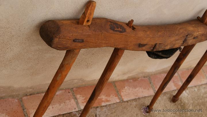 Antigüedades: Antiguo Yugo en madera, cuero y hierro. - Foto 5 - 47886858