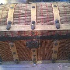 Antigüedades: BAUL PEQUEÑO ANTIGUO LARGO 34 ALTO 23 ANCHO 20. Lote 47907256