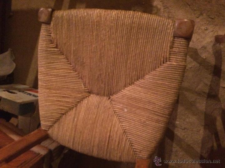 Antigüedades: Antiguas 2 sillas años 40 madera chopo o pino, decoradas - Foto 7 - 47908188