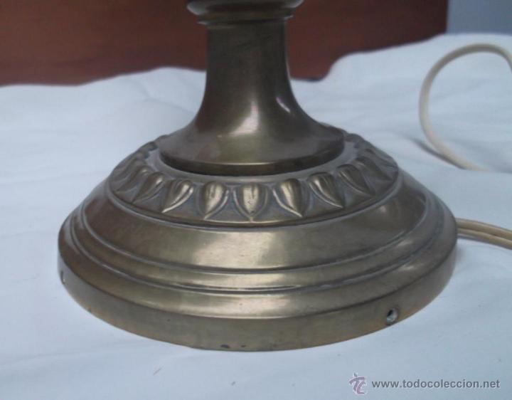 Antigüedades: LAMPARA DE SOBREMESA DE BRONCE ANTIGUA. FUNCIONA - Foto 5 - 37514982