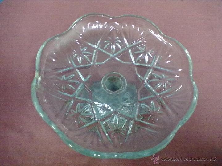Antigüedades: CENTRO MESA FRUTERO VIDRIO PRENSADO - Foto 2 - 47935435