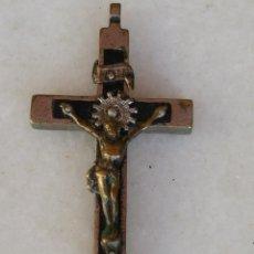 Antigüedades: ANTIGUO CRUCIFIJO CON CRISTO EN METAL Y MADERA . Lote 47981285