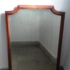 Antigüedades: ESPEJO ANTIGUO, GRANDE, MADERA DE CAOBA Y LUNA BISELADA. Lote 47990908