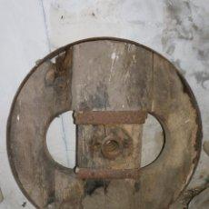Antigüedades: RUEDA DE CARRO DE BUEYES SIGLO XIX. Lote 48037457