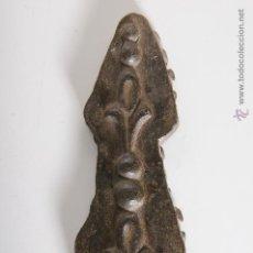 Antigüedades: ADORNO EN RELIEVE EN HIERRO FUNDIDO. Lote 48158856