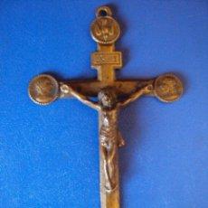 Antigüedades: (ANT-005)CRUZ DE BRONCE,SIGLO XVIII,GRABADO EN EL REVERSO,MISION ???. Lote 48180502