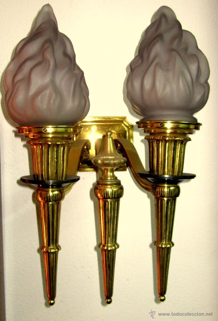 GRAN APLIQUE DE BRONCE Y FLAMAS DE CRISTAL (Antigüedades - Iluminación - Apliques Antiguos)