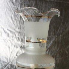 Antigüedades: ANTIGUA LAMPARA CANDIL QUINQUE METAL Y CRISTAL 33 X 12 CMS. Lote 48221021