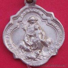 Antigüedades: ORIGINAL MEDALLA DIVINA PASTORA EN PLATA DE LEY - 23MM. Lote 48235010