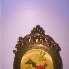 Antigüedades: ANTIGUO MARCO CON IMAGEN EN TELA.. Lote 48293926