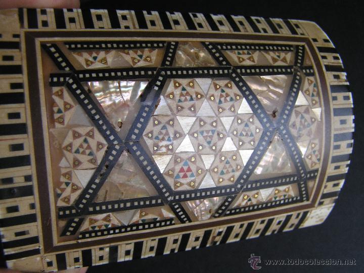 Antigüedades: JOYERO EGIPCIO de madera con decoración a base de MADREPERLA Y HUESO. - Foto 11 - 68848706