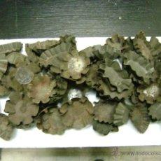 Antigüedades: NOVENTA MOLDES PARA MADALENAS. Lote 48308118