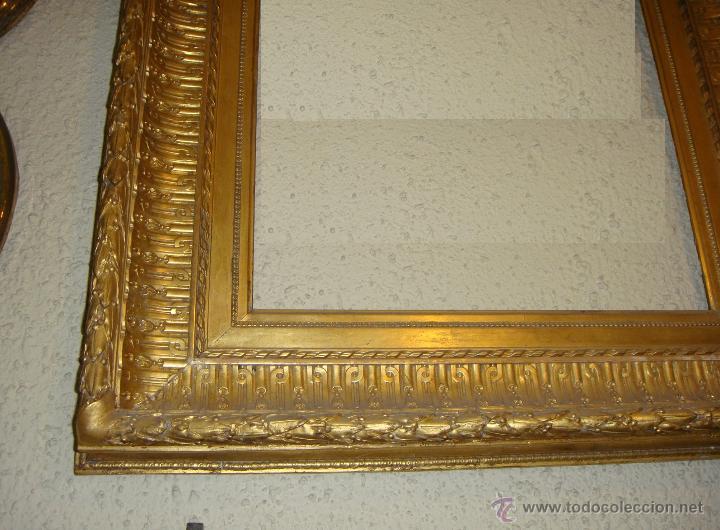Antigüedades: Extraordinario Marco Dorado. Ppios. S.XIX. Madera, estuco y pan de oro fino. - Foto 2 - 48312694